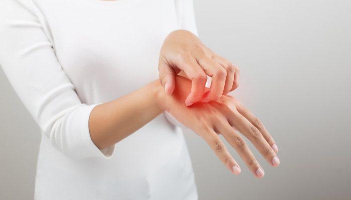 Почему от нервов чешется тело